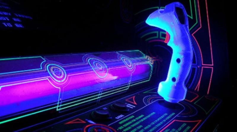 Classic Tron arcade game rebuilt with psychedelic cloth physics in your browser  Guide a short snake around a playing field in order to eat apples and grow longer, making it more difficult to&