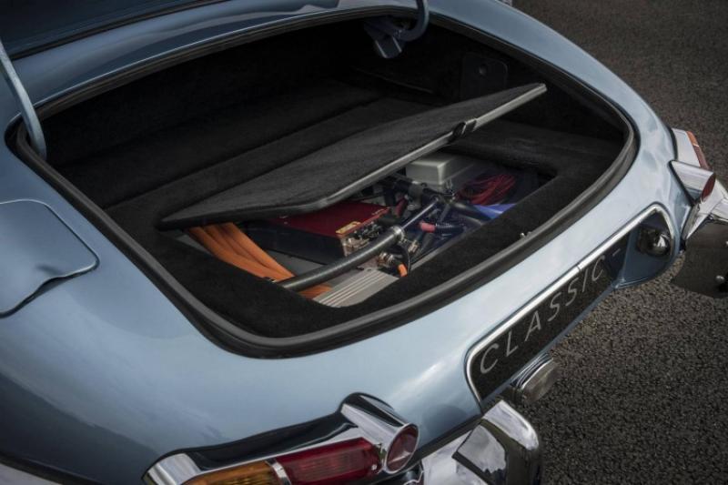 Trasformare le auto storiche in auto elettriche, la rivoluzione del secolo.